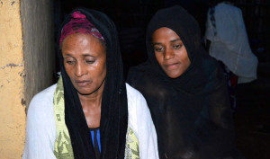 The mother & sister of Getahun Abraham, an Ethiopian activist who commitied suicide a month before May 24 elections, photo by William Davisorn Bloomberg